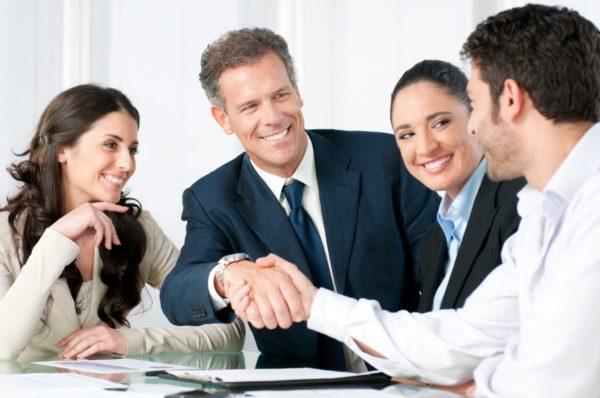 В обязанности сотрудников ИФНС помимо контролирующих функций входит и ассистирующая деятельность