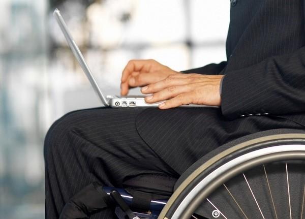 Инвалиды с искомой группой получают небольшое количество налоговых поблажек от государства