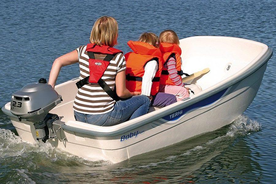 Лодки с мотором мощностью до 5 лошадиных сил налогом не облагаются