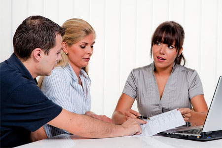 По всем спорным вопросам можно обратиться за помощью к практикующим юристам
