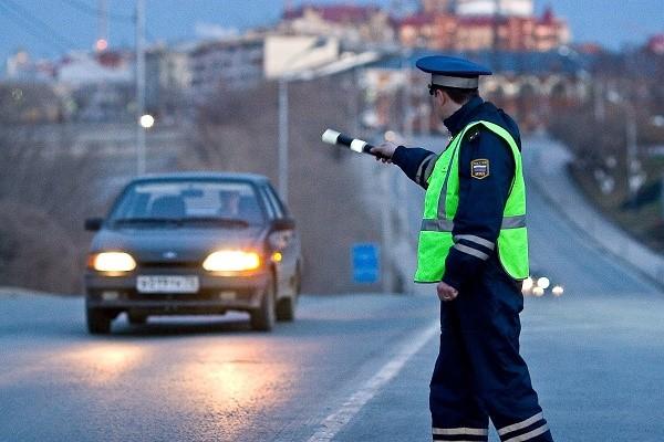 Если вас задержали за невыплату штрафа прямо во время движения по автомобильной дороге