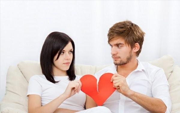 Чтобы оформить развод официально, необходимо подготовить внушительное количество документов