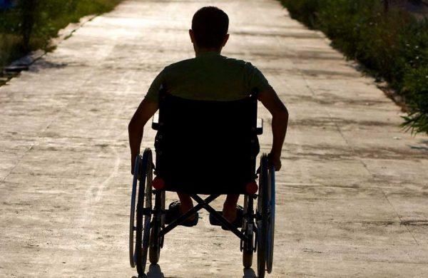 Гражданам, получившим инвалидность во время боевых действий, выплачивается ЕДВ