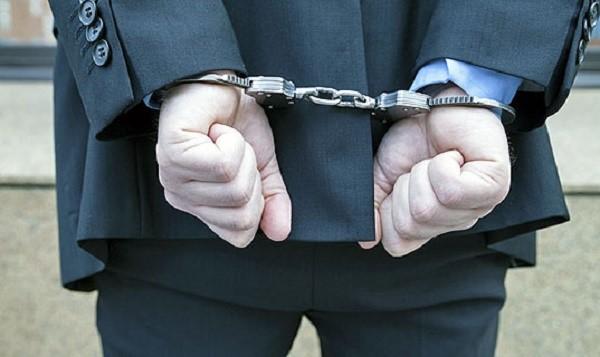 Последствия при отказе от совершения выплаты могут быть весьма неприятными, вплоть до взятия под административный арест