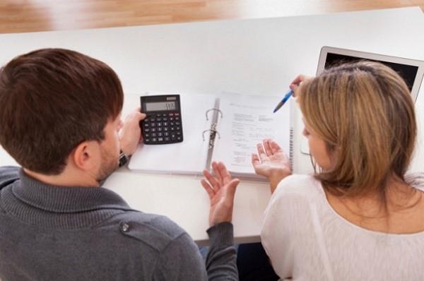 Родители, решившие договориться мирно, могут самостоятельно рассчитать суммы выплат и заключить соглашение