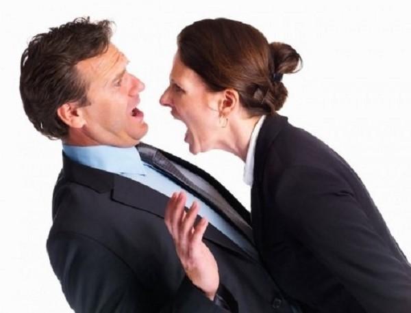 Если один из супругов проявляет неумышленную неявку на заседание, решить искомый вопрос можно в заочном порядке