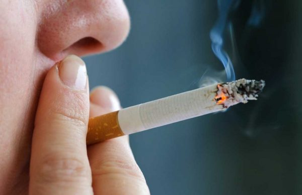 Курение в неположенных местах - административное нарушение