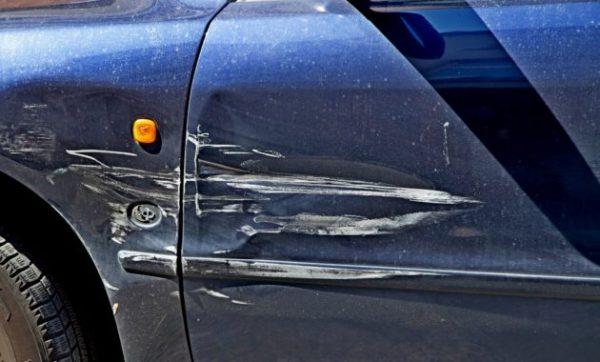 Если машину повредили при эвакуации, то сотрудники службы обязаны возместить ущерб