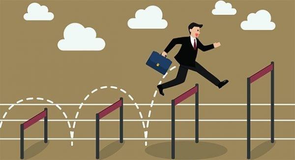 Выпускники профессиональных учебных заведений, которые получили диплом в течение года могут избежать испытательный срок