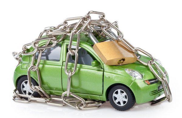 Покупателю следует убедиться, что организация вправе распоряжаться принадлежащим ей автомобилем