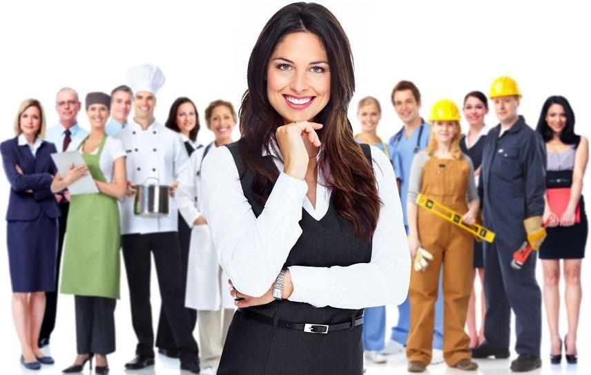 Если сотрудник является совместителем, он может работать без оформления трудовой книжки на законных основаниях