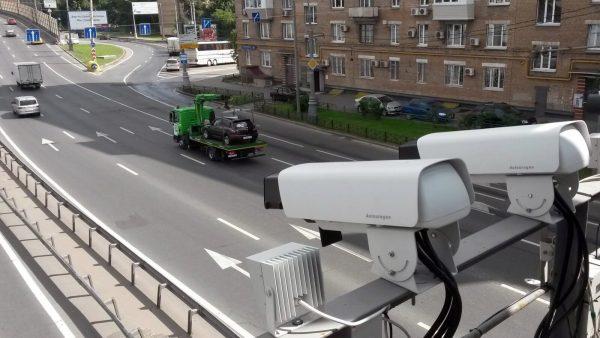 Камеры фиксируют запрещающие сигналы