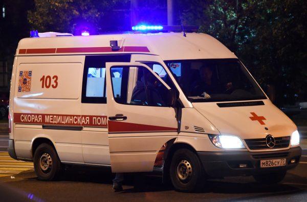Если нужно созвониться с врачами, полицейскими или аварийной службой, можно воспользоваться номерами экстренной связи – общение в подобных ситуациях не ограничивается, несмотря на общий запрет