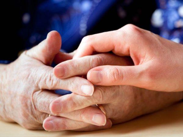 80-летним обязаны предоставить опекуна