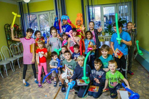 В Сибири поддерживают усыновление детей