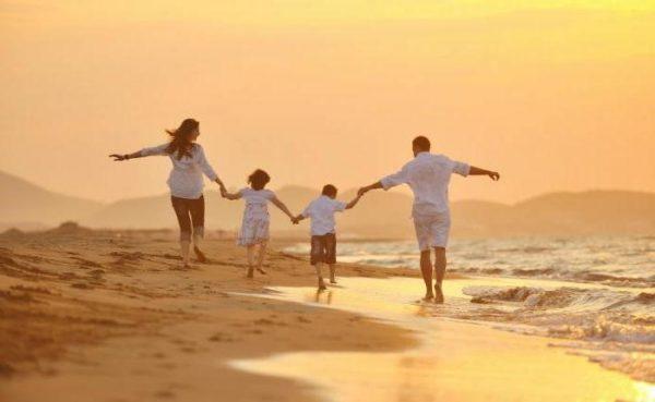 Супруги военных могут претендовать на отпуск в одно время