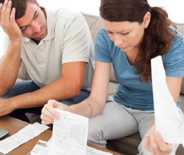 Выплата алиментов полагается не только детям, но также и бывшим и даже нынешним супругам, родителям и т.д.