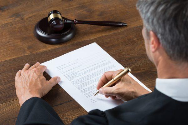 В отдельных случаях пьяного водителя ждет уголовная ответственность